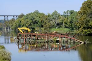 Effort to revitalize Treasure Island begins with removing bridge from river
