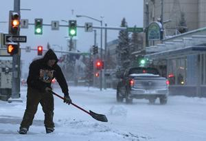 Weather system brings end to 'Nosnowvember' in Fairbanks