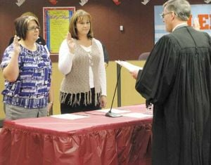 New Fairbanks school board members sworn in