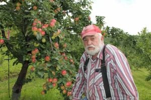 Despite challenges, Alaska apple farmer keeps harvesting