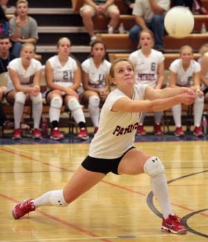 North Pole volleyball team holds off Hutchison