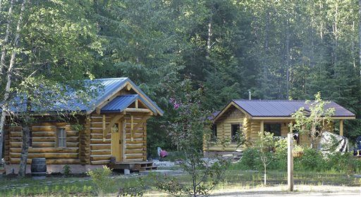 Writers retreat nearly complete in dyea alaska news for Writers retreat cabin