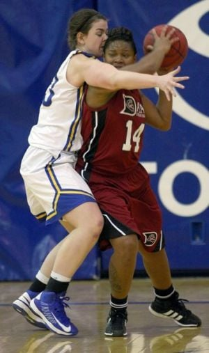 Nanooks women puts one in the win column with rout against Dallas Christian