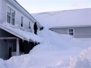 Big snow brings big woes in Alaska's biggest city
