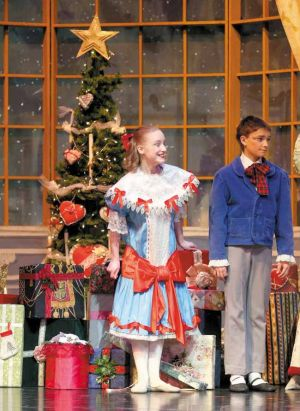 'Nutcracker' returns to the stage in Fairbanks
