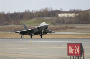Last F-22 Raptor fighter jet arrives in Alaska