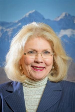 Former Alaska lawmaker Heinze dies in plane crash; 4 injured