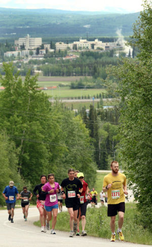 Two-Way Torture Test: 63 runners tackle Chena Ridge