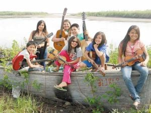 Youth-oriented fiddle music program hosting fundraiser