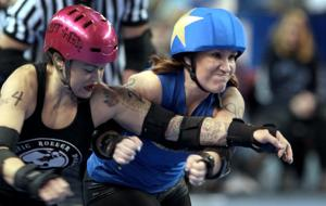 Fairbanks Rollergirls collide with Hawaiian team