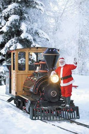 Santa's train kicks off holiday season in Fairbanks
