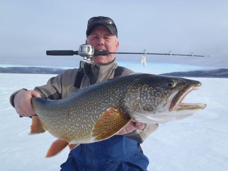 Ice fishing guru to give seminar in fairbanks outdoors for Ice fishing lake trout