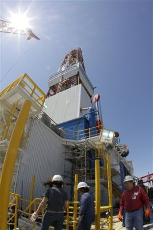 Shell nearly finished modifying Arctic drill ship
