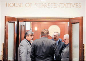 Alaska Gov. Parnell calls special session after budget spat between House, Senate