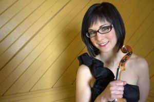 Eclectic lineup hits Fairbanks for Fiddle Fest