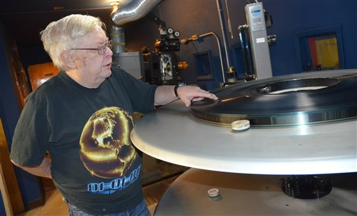 Digital projection and 3D coming to Kodiak movie theaters