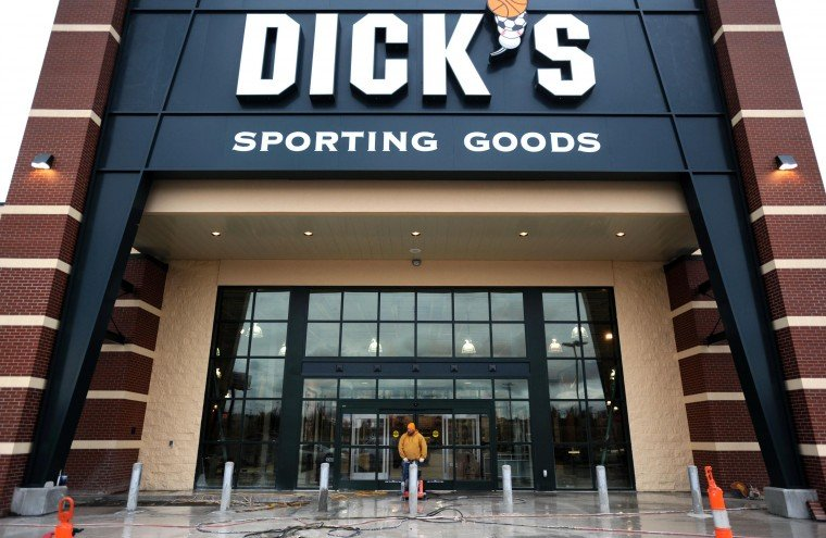 Visit the DICKS Sporting Goods store in Daphne AL 617 Find store hours phone number address and instore services for the DICKS Store in Daphne