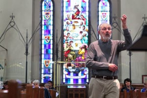 Community Chorus says goodbye to long-time director