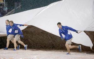 Gordon, Volquez lead KC over Cards in rain-shortened game