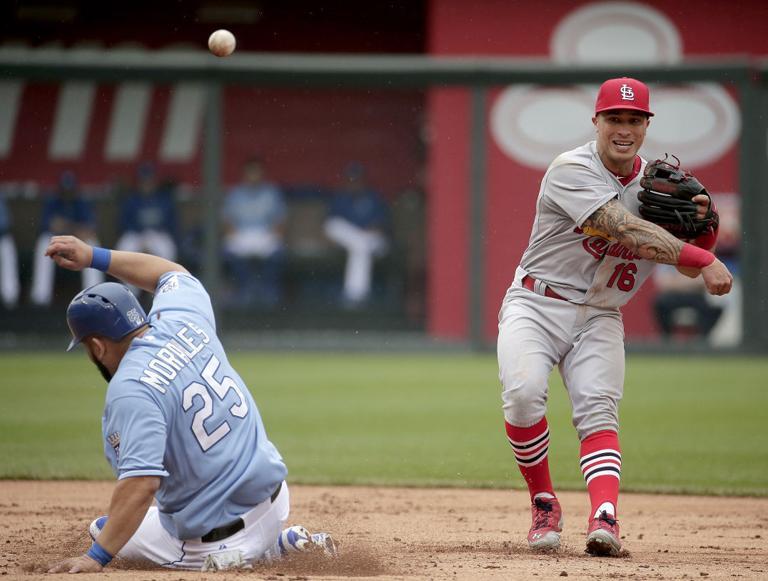 Ventura, Royals lose to Cardinals