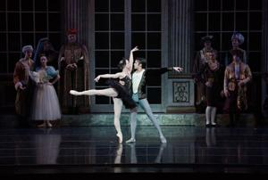 Cincinnati Ballet perfects 'Swan Lake'