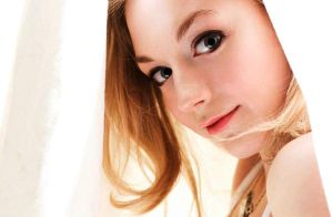 Emily Kinney S Path To Hollywood The Norfolk Daily News News