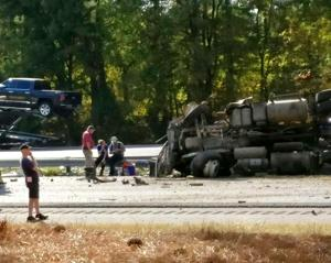One dead in Monday afternoon wreck on I-75