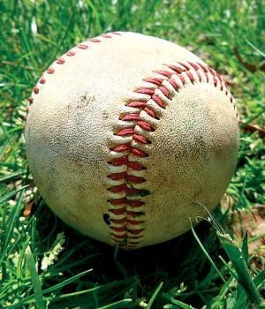 AHSAA BASEBALL PLAYOFF ROUNDUP: Spring Garden splits at Collinsville