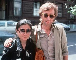<p>FILE - In this Aug. 22, 1980, file photo, John Lennon, right, and his wife, Yoko Ono, arrive at The Hit Factory, a recording studio in New York City. (AP Photo/Steve Sands, File)</p>