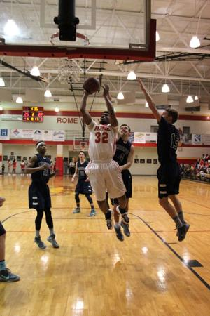 Basketball: Wolves win against Creekview on Senior Night