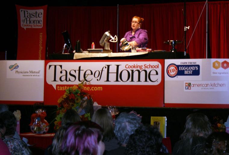 TASTE OF HOME EDITORIAL STAFF - Taste of Home Cookbook, 3rd ** Brand New **