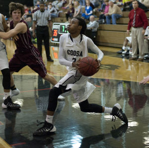 Coosa Eagles use 13-2 run to down Wolverines