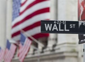 US stocks slip on signs of weakness in China