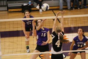 VOLLEYBALL: Darlington wins in 3 sets in opening round of playoffs