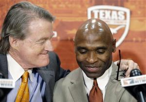 Charlie Strong, Bill Powers