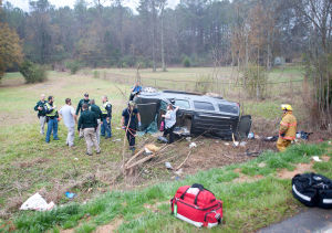 Child airlifted, 2 other injured in wreck on Black's Bluff Road