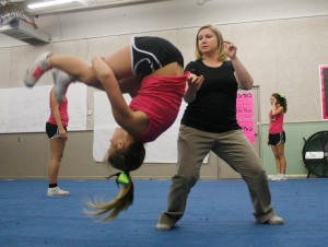 Cheerleading: Coosa High practice