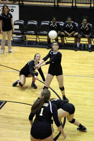 VOLLEYBALL: Lady Jackets defeat Jordan in dominant fashion