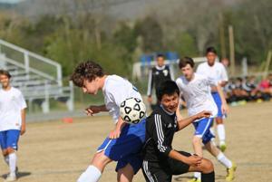 Soccer: Coosa grabs region win over Model