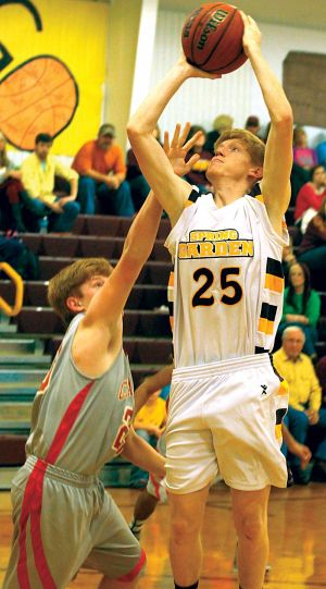 <p>Spring Garden's Jacob Black goes up for a shot against Cedar Bluff on Tuesday. Photo by Shannon Fagan.</p>