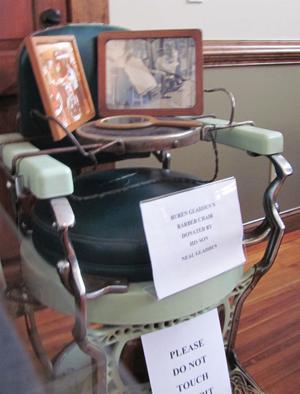 Buren Gladden's barber chair
