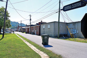Ringgold to keep Buck Alley a two-way street, add loading zones, nix parking
