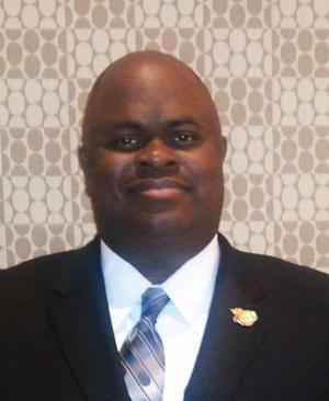 Former Calhoun resident Dr. Brent Shropshire receives state award