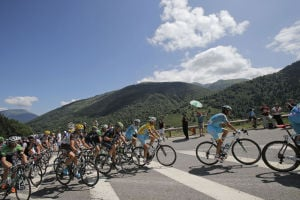 Nibali marches on at Tour de France