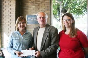 Cedartown United Fund gets HON Donation