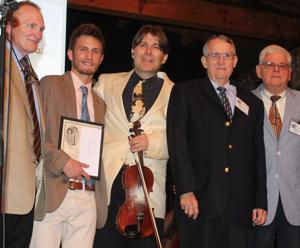 Share America Foundation chooses fiddler/bassist for scholarship