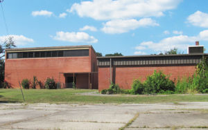 Rockmart looks for funds for Elm Street school property