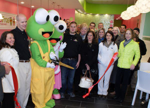 sweetFrog ribbon-cutting ceremony