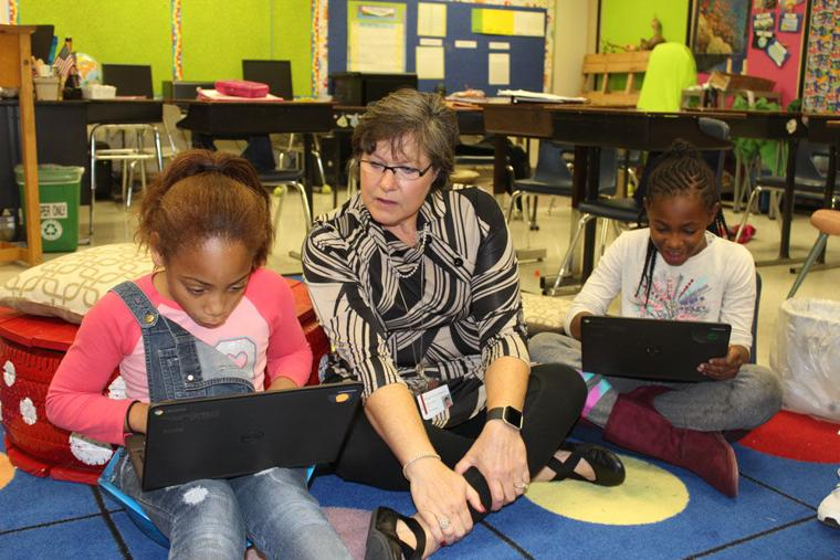 roma was a school teacher Roma middle school is ranked within the bottom 50% of all 7879 schools in florida (based off of combined math and reading proficiency testing data) in school year 2015-2016 the school's student:teacher ratio of 13:1 has stayed the same over five school years.