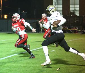 FOOTBALL: Jackets roll over LFO to secure 14th straight region title
